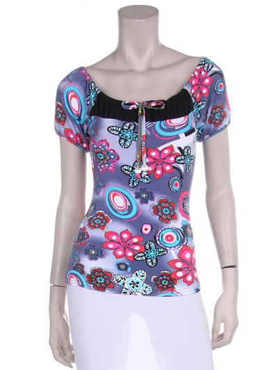 Club top with flowers and a splash of colors.
